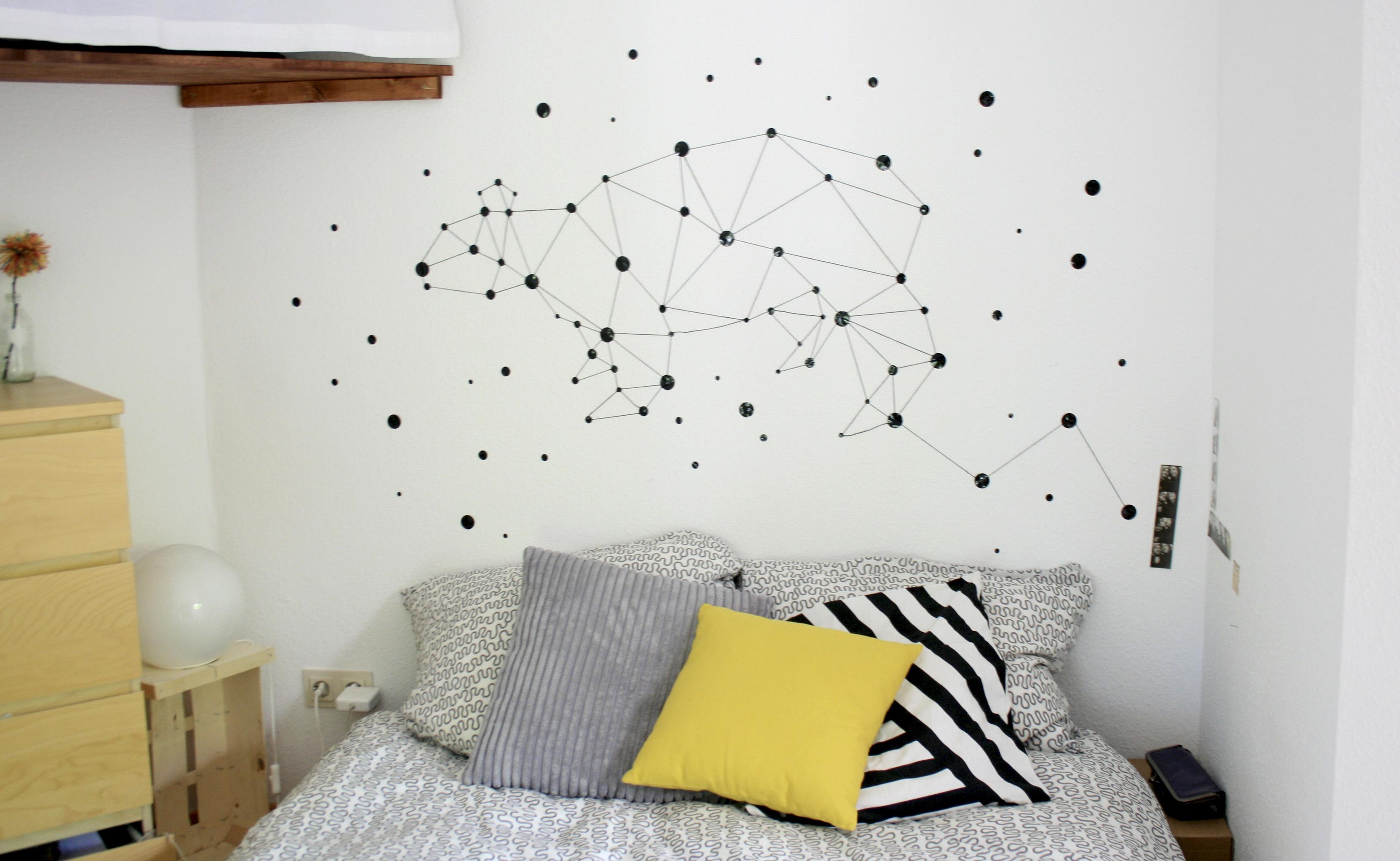 Vinilo decorativo hey type me blog de el amante volador for Adhesivos pared dormitorio