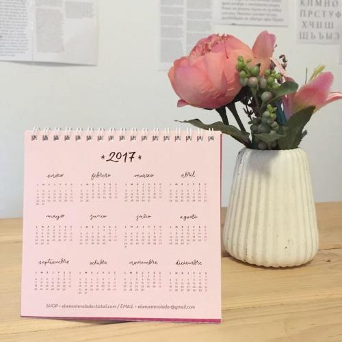 calendario EL AMANTE VOLADOR 08